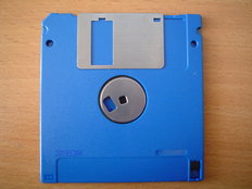floppy_(720_KB)_back.jpgmed.jpg