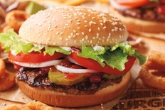 Primul restaurant Burger King operat de AmRest in Romania va fi deschis in Mega Mall Bucuresti
