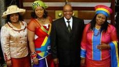 Presedintele Zuma si sotiile sale
